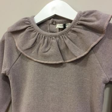 camiseta cuello rosa detalle one more in the family la petite boutique santiago